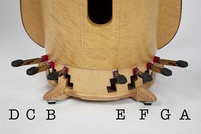 pedal harp 豎琴腳踏